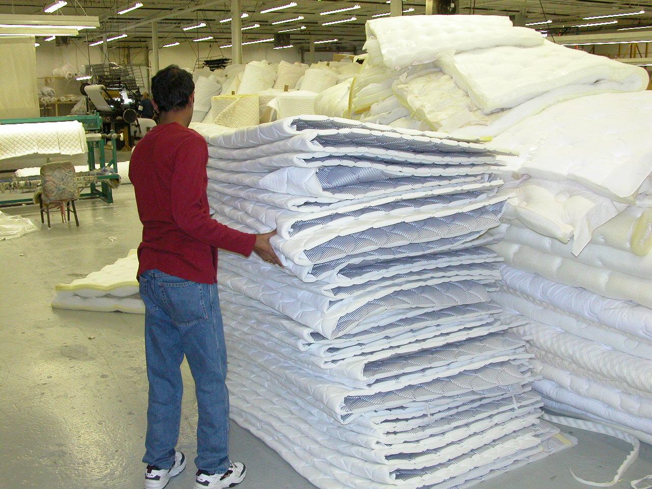 mattress cover sewing and mattress closing machine